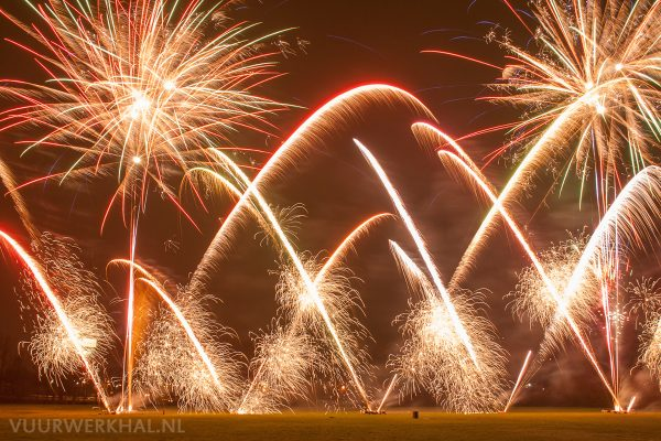 Vuurwerkdemo van De Rijswijkse en De Zoetermeerse Vuurwerkhal